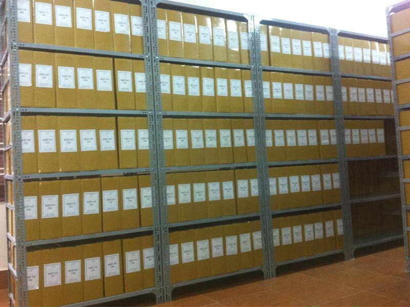 Khái niệm và ưu điểm của kệ hồ sơ khi sử dụng
