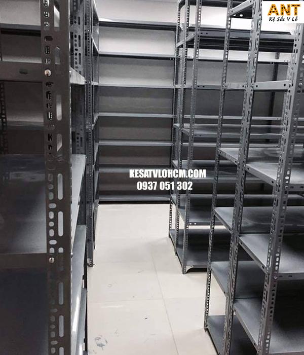 Địa chỉ chuyên cung cấp các loại kệ sắt v lỗ tại Quận 7 giá rẻ nhất TPHCM