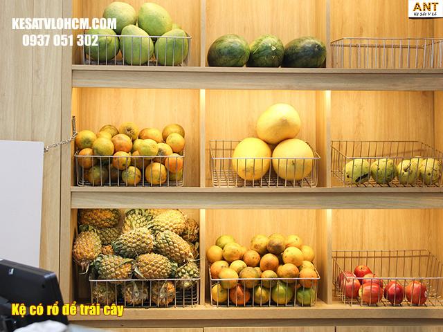 Kệ trưng trái cây kết hợp rổ