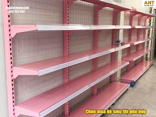 lựa chọn kệ siêu thị phù hợp