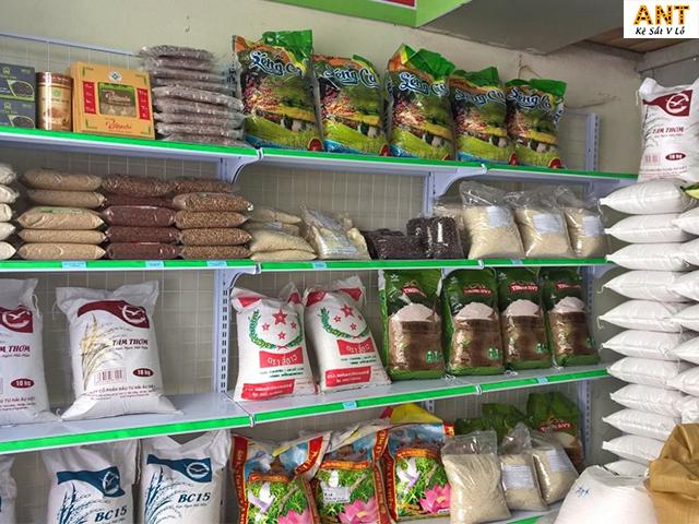 Mẫu kệ trưng bày gạo được sử dụng nhiều nhất thị trường