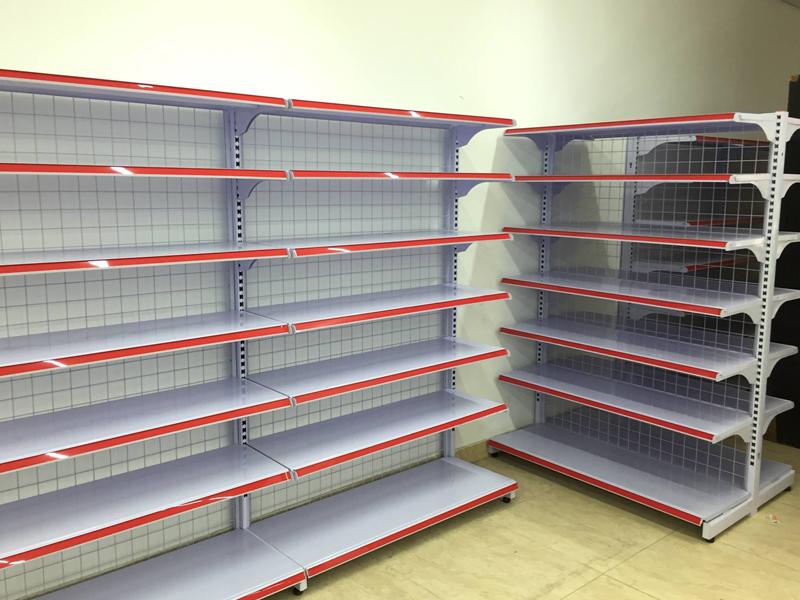 Thông số kỹ thuật và ưu, nhược điểm của kệ siêu thị đa năng
