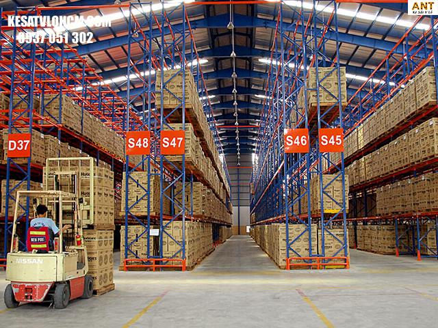 Tiêu chuẩn khi sắp xếp hàng hóa trong kho